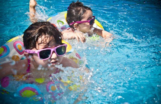 vacances et piscine